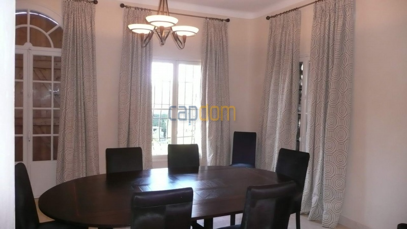 Large stone-built villa for rent cap antibes  - Dining room