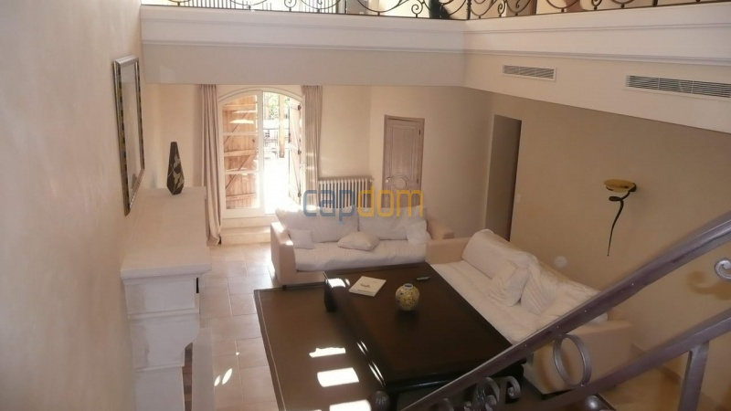Large stone-built villa for rent cap antibes  - Entrance Hall