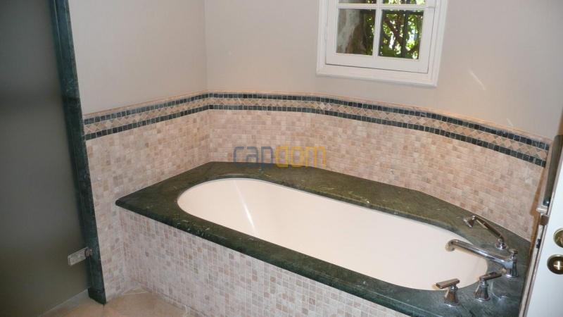 Large stone-built villa for rent cap antibes  - Bathroom 3