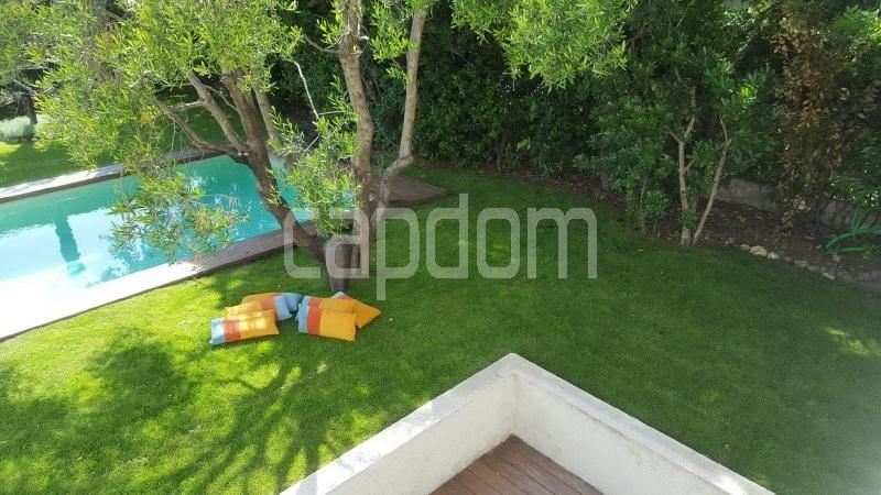Recently build villa for sale Salis Beach Cap d'Antibes - garden