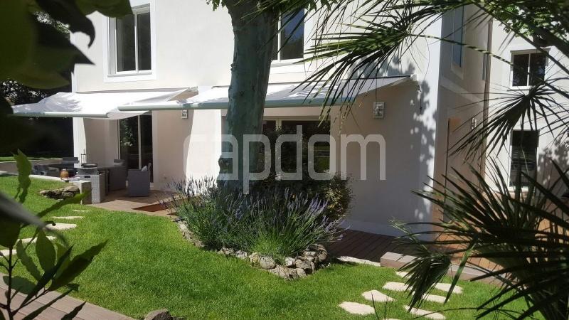 Recently build villa for sale Salis Beach Cap d'Antibes - front