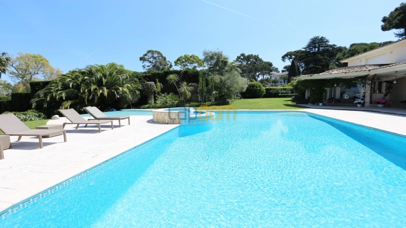 Gorgeous waterfront villa with panoramic sea view  cap d antibes  - swimming pool