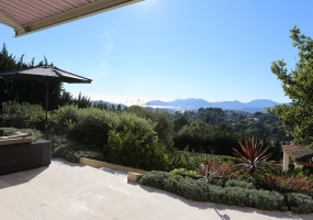Brand new modern Villa on the heights of Mougins sea View - View over sea