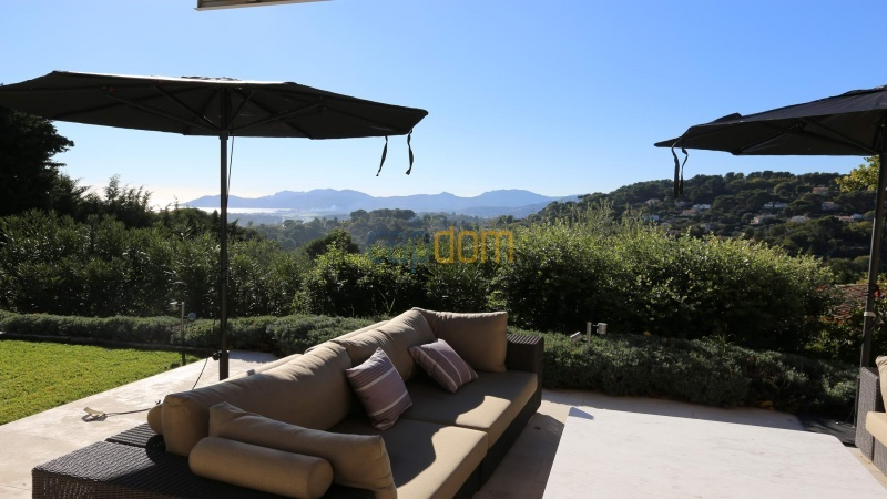 Brand new modern Villa on the heights of Mougins sea View - southern terrace