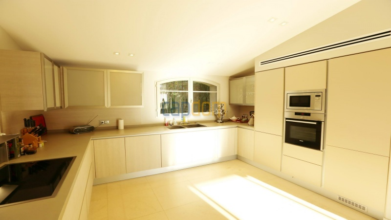 Brand new modern Villa on the heights of Mougins sea View - Kitchen