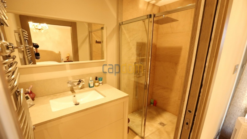 Brand new modern Villa on the heights of Mougins sea View - Bathroom 3