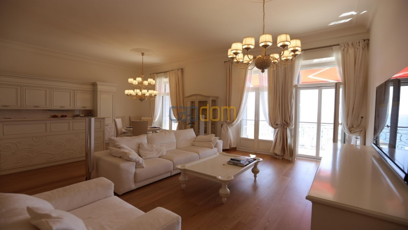 Fully renovated apartments for sale cap martin french riviera - windows