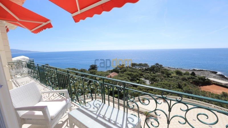 Fully renovated apartments for sale cap martin french riviera - balcony