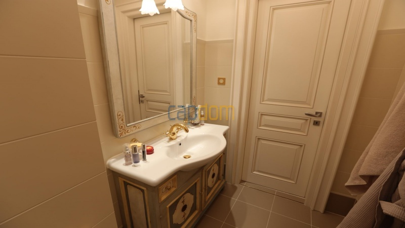 Fully renovated apartments for sale cap martin french riviera - bathroom 2