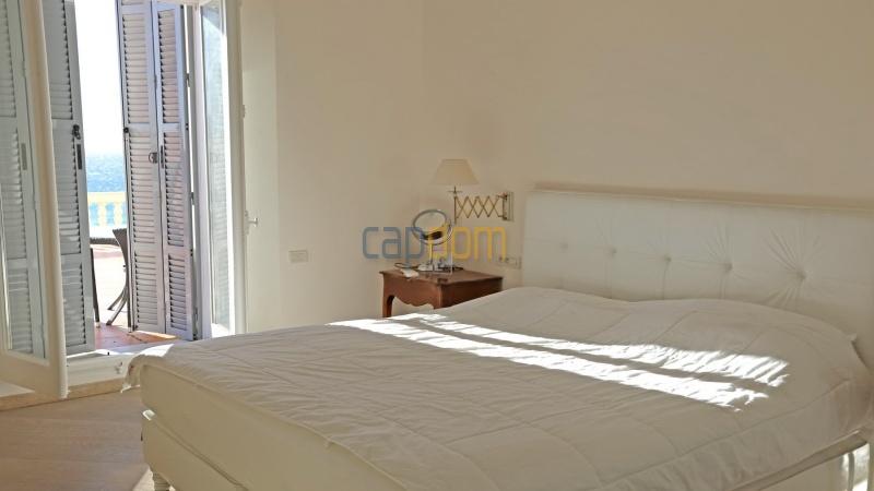 3-х комнатная квартира с огромной террасой Grand Hotel Cap Martin -  Первая Спальня