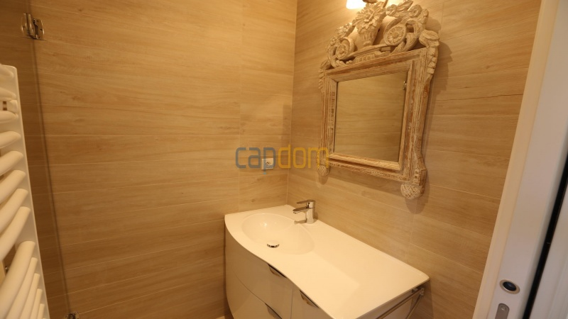 Вилла в тихом месте - Панорамный вид на Гаруп - ванная 2