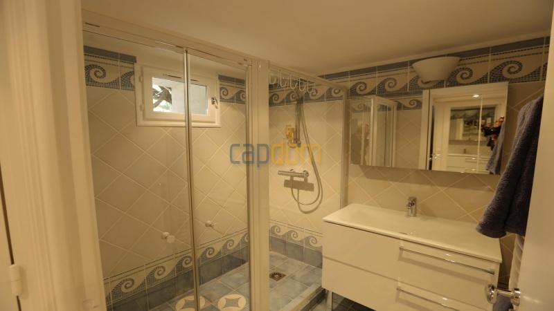 Вилла в тихом месте - Панорамный вид на Гаруп - ванная 4