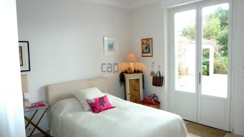 Charming Villa for Holiday Rental near Garoupe Beach Cap d'Antibes - Bedroom  2