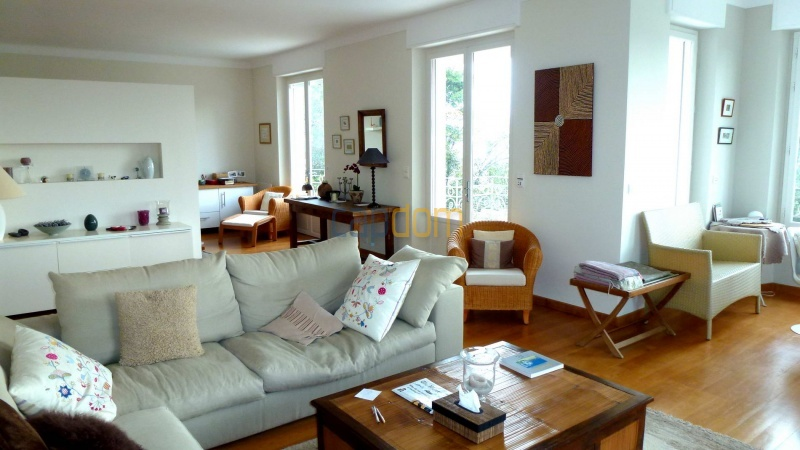 Charming Villa for Holiday Rental near Garoupe Beach Cap d'Antibes - Living area
