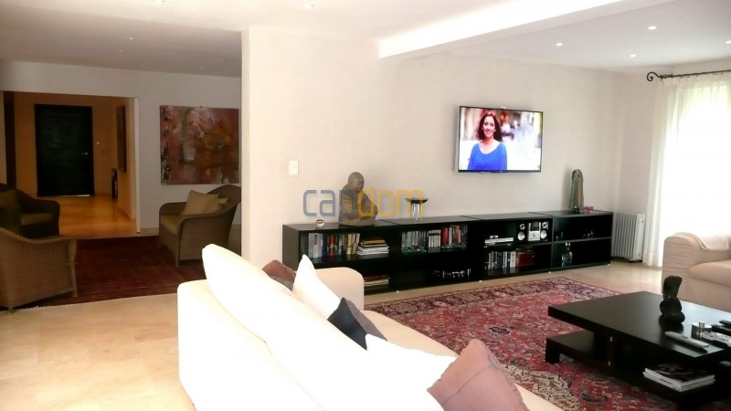Contemporary Villa for rent in Cap Antibes - Salon